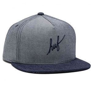 HUF Script Chambray Snapback in Navy